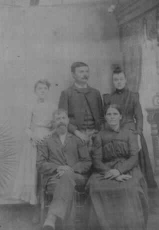 Benton County Tennessee Genealogy Photographs B