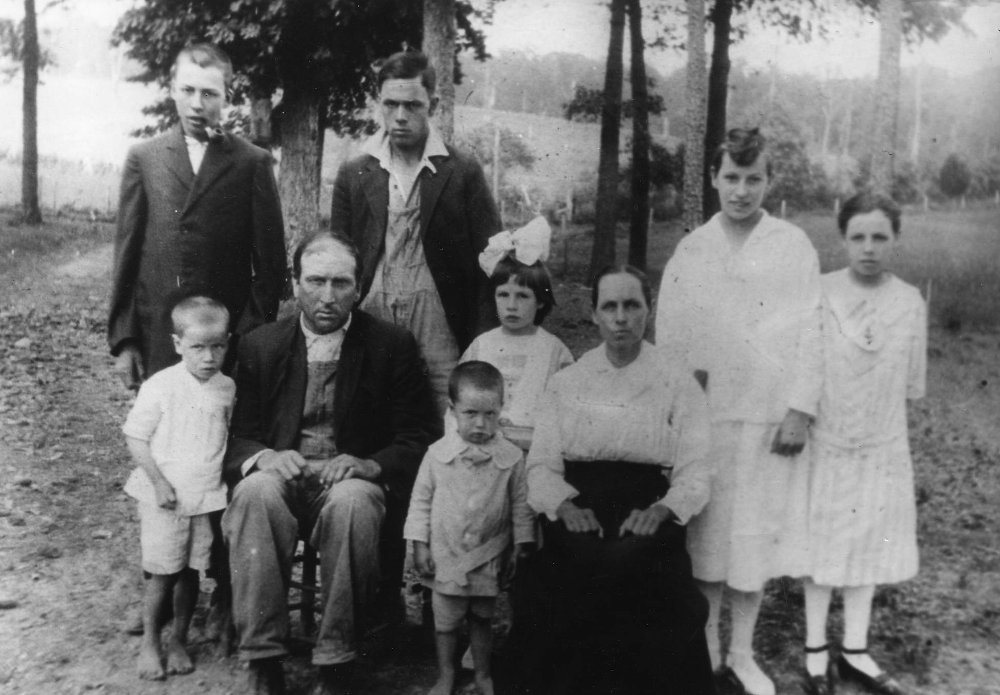 John T and Nancy Mode Family